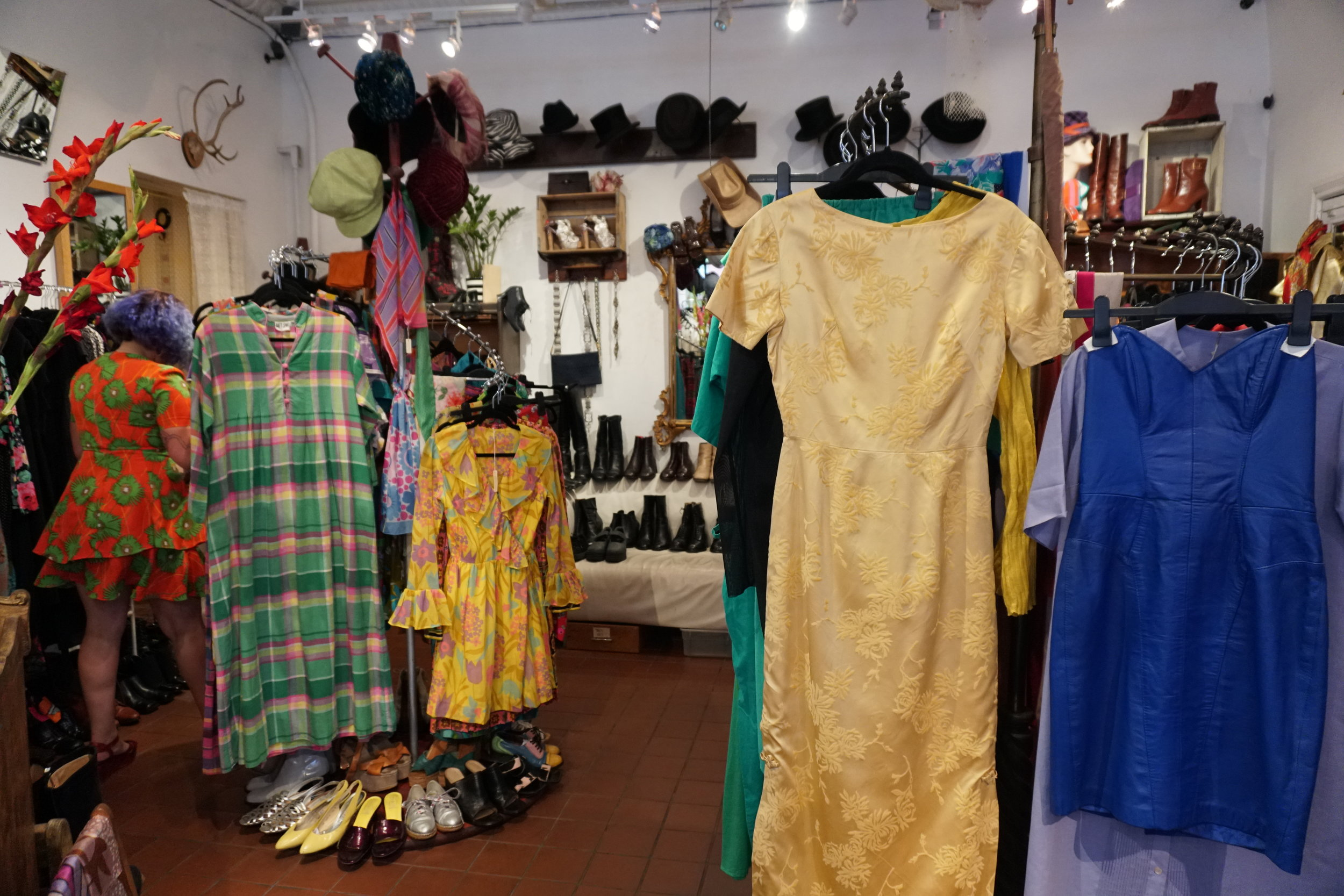 the best vintage stores in williamsburg the