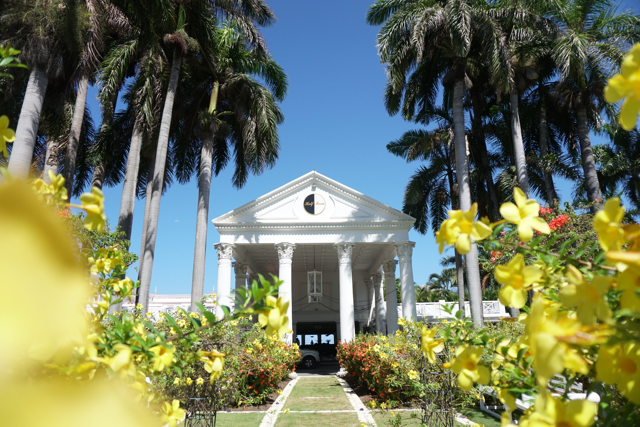 The ultimate luxury guide to jamaica the travel women for Hotel luxury jamaica