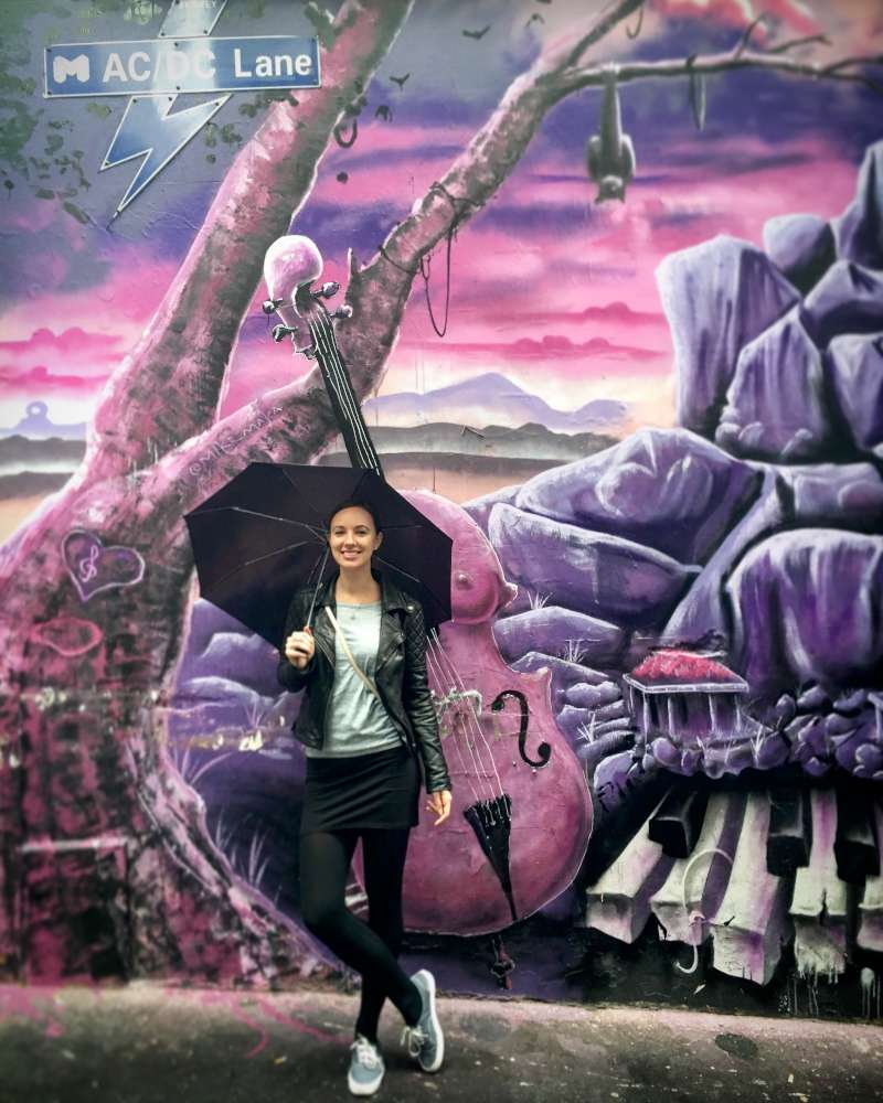 Top Things To Do in Melbourne street art laneways hosier lane grafitti travel