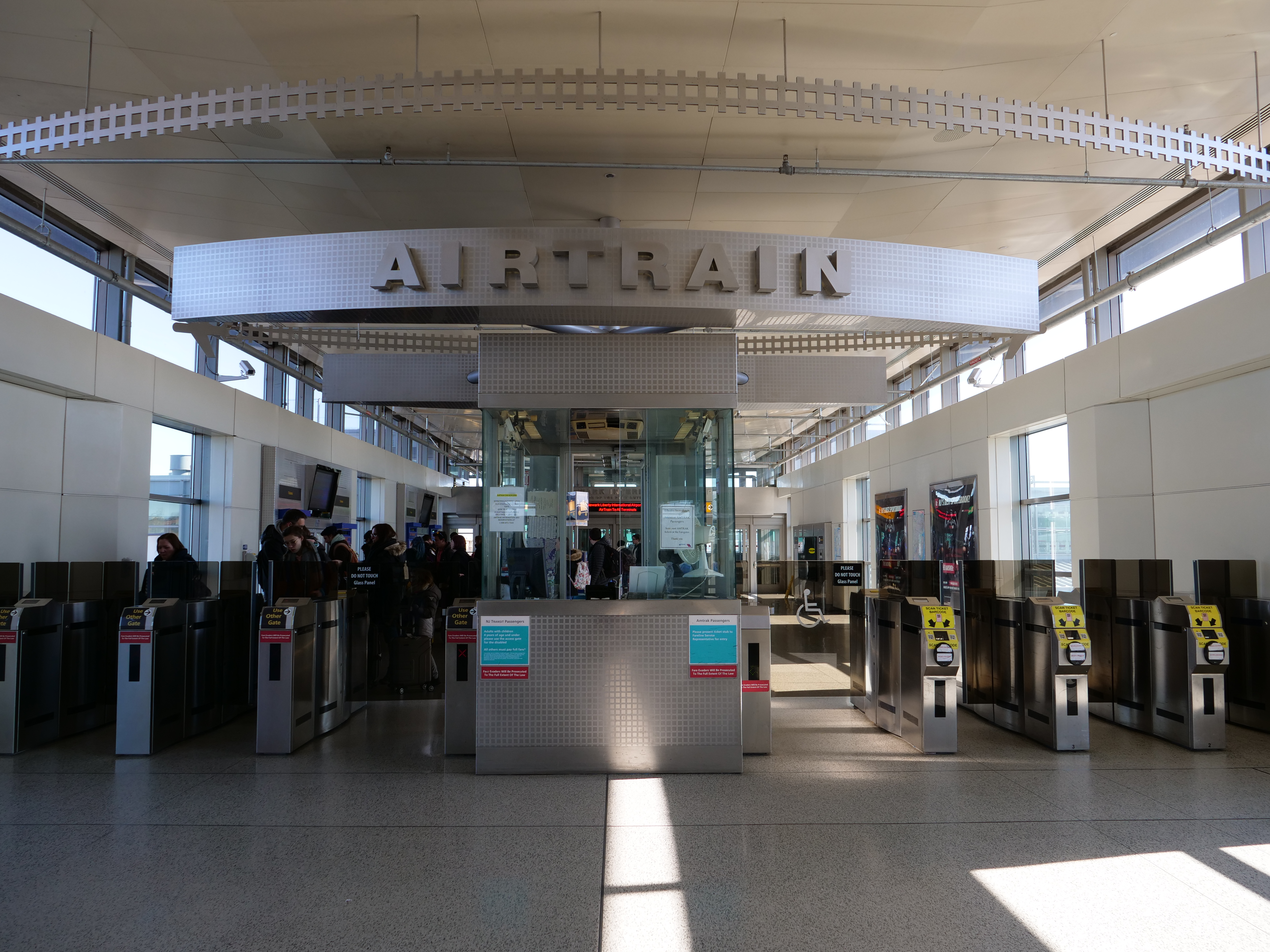Airtrain Cheapest, Fastest Way from Newark to NYC Manhattan