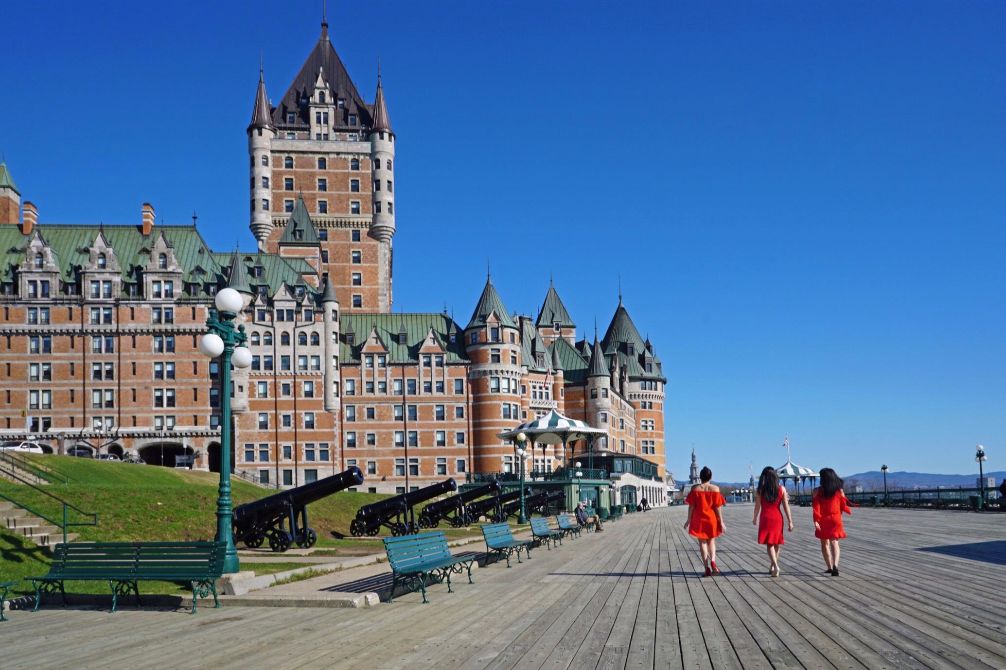 The Travel Women Quebec City Frontenac Auberge Saint Antoine