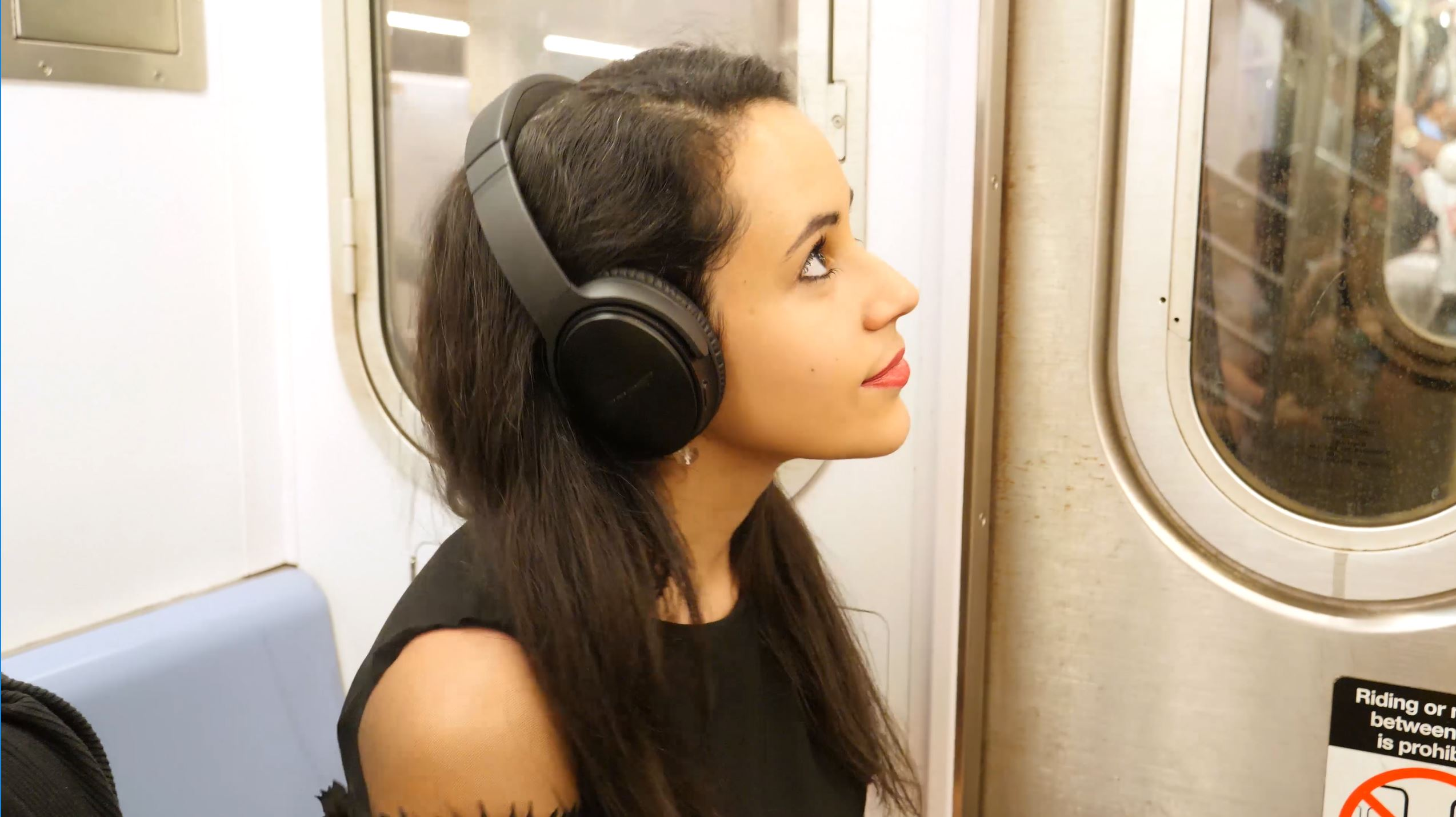 25 Things You Need to Know About the NYC Subway headphones and music